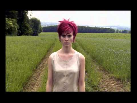 Bertine Zetlitz: Apples & Diamonds (Album: Morbid Latenig ...