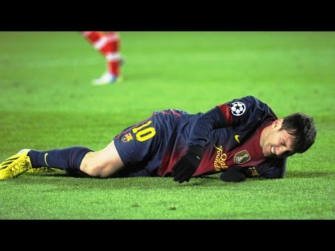 The 10 Worst Tackles / Brutal Fouls on Lionel Messi ► Only Way to Stop MESSI