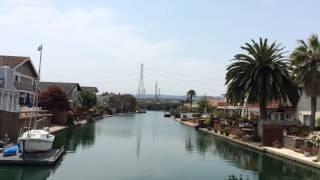 いつかは住みたい運河の街フォスターシティー。自宅裏から船で海に出れる