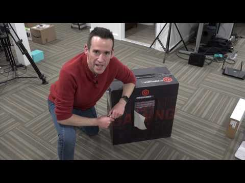 CYBERPOWERPC Gamer Xtreme VR GXiVR8020A2 Unboxing