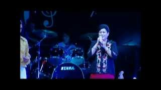 Download Lagu အိပ္မက္ကမာၻမွာေတြ႕မယ္ UTheinTan-L ခြန္းရီ Mp3