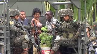 Operação em 7 favelas do Rio tem 39 presos e deixa 26 mil alunos sem aulas