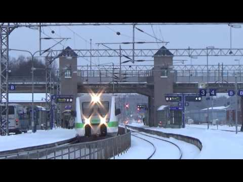 Finnish DOUBLE Pendolino train meets InterCity train in Karis!