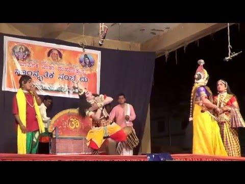 Video Yakshagana -- Radha vilasa - 1 Radha.... Kannadikatte download in MP3, 3GP, MP4, WEBM, AVI, FLV January 2017