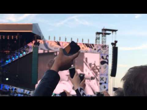 One Direction Little Things - Denmark Horsens. (видео)