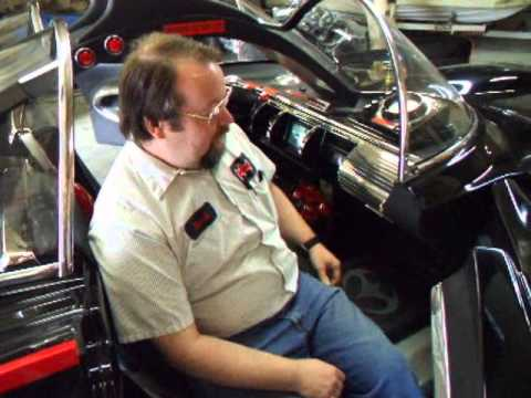 Interview with Fiberglass Freaks, Makers of the Officially Licensed 1966 Batmobile.wmv