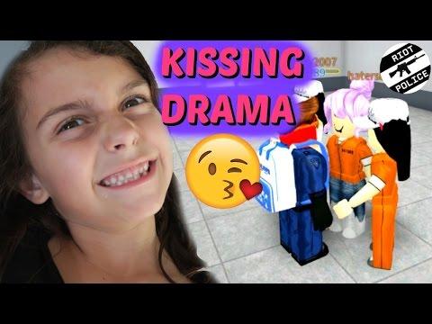 ROBLOX PRISON LIFE WILL I ESCAPE? KISSING DRAMA!