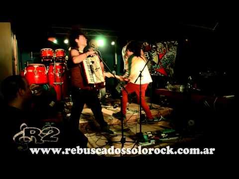 GOY KARAMELO con su nueva banda Los Kangrejoz EN VIVO 11-10-2014