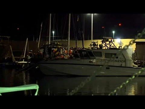 """Μάλτα: Αίσιο τέλος με τους μετανάστες του """"Alan Kurdi"""""""