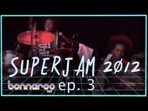 Bonnaroo SuperJam - 'Hit It and Quit It' (Funkadelic cover)