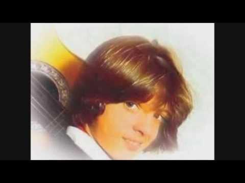 1987 - RECOPILACION DE EXITOS DE LUIS MIGUEL DE 1982 A 1987 SUS PRIMEROS EXITOS: TRACKLIST: PALABRA DE HONOR RECUERDOS ENCADENADOS NO ME PUEDES DEJAR ASI LILI LOS ...