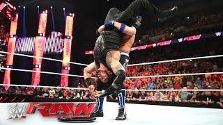 Roman Reigns & The Usos vs. The Club – 6-Man Elimination Tag Team Match: Raw, 9. Mai 2016