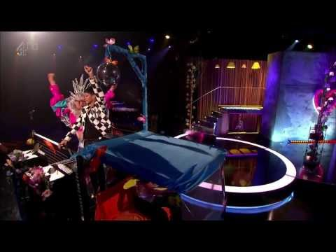 Rihanna - What Now (Live On Alan Carr: Chatty Man Show)