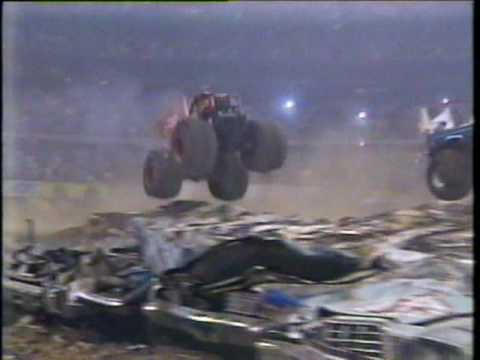 1989 TNT/ RED MAN ALL AMERICAN MONSTER TRUCKS PART 2 FROM THE HOUSTON ASTRODOME....