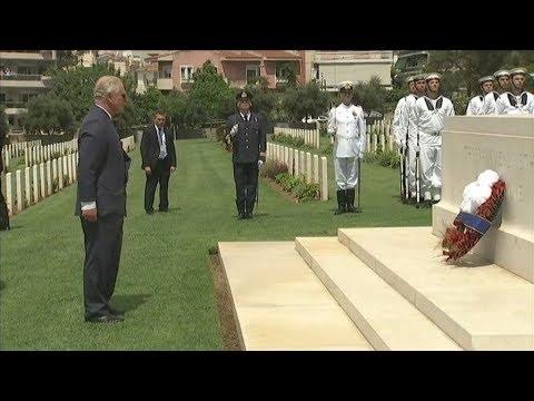 Στο συμμαχικό νεκροταφείο του Παλαιού Φαλήρου ο πρίγκιπας Κάρολος