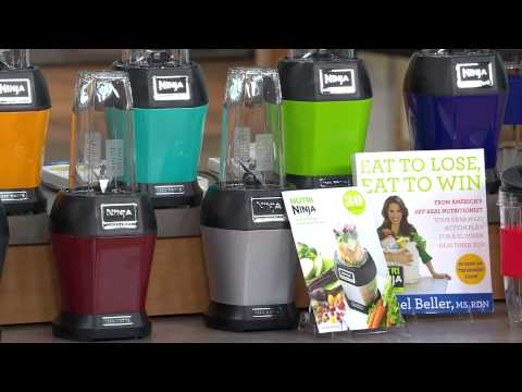 Nutri Ninja 1000 Watt Pro Blender w/ Nutrition Guide & Recipes