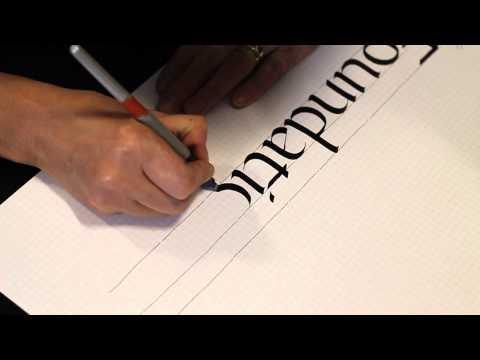 Scrivo con la penna larga
