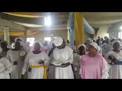 Isokale alore 40 days with saint j singing like an angel