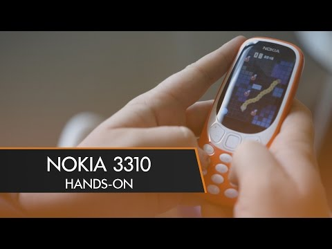 The NOKIA 3310 is Back! - Hands-On | MWC 2017 (видео)