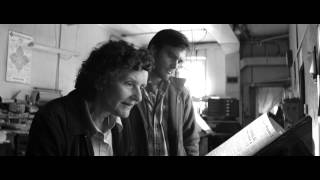 Nonton Nebraska  2013      Magazine Scene Film Subtitle Indonesia Streaming Movie Download