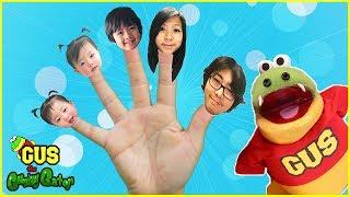 Finger Family Nursery Rhyme Song for kids! Learn Ryan's Family