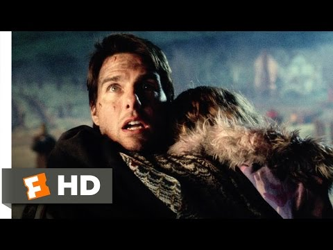 War of the Worlds (3/8) Movie CLIP - Fight on the Hill (2005) HD