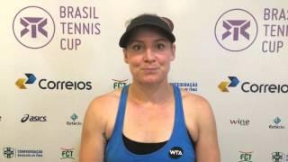 Bethanie Mattek-Sands vence estreia no Brasil Tennis Cup
