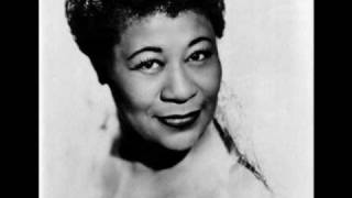 'Tain't What You Do (It's The Way That You Do It) - Ella Fitzgerald