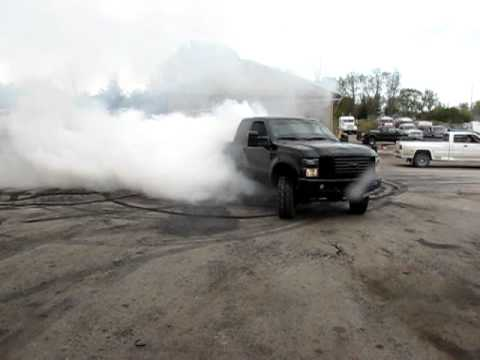 Ford F250 Powerstroke blows up doing donuts