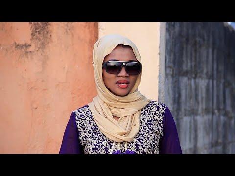BAYAN AURE - Kalli Yadda Yasha Mamaki Sosai