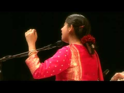 Thumari - 2008. 3rd February, Sunday Traf, Budapest Smt. Kaushiki Chakrabarty - Vocal (http://www.kaushiki.net/) Hiranmay Mitra - Harmonium Shahbaz Hussain - Tabla Ch...
