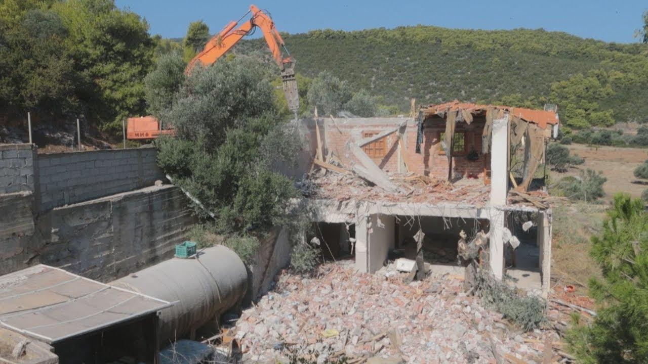 Συνεχίζονται οι κατεδαφίσεις αυθαιρέτων, σήμερα στην περιοχή Λιμνιώνα στο Γραμματικό