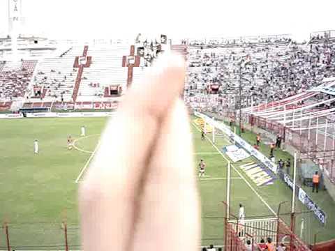 Huracán Vs. Chacarita - Fecha 10 - Clausura 2010 II.MPG - La Banda de la Quema - Huracán - Argentina - América del Sur