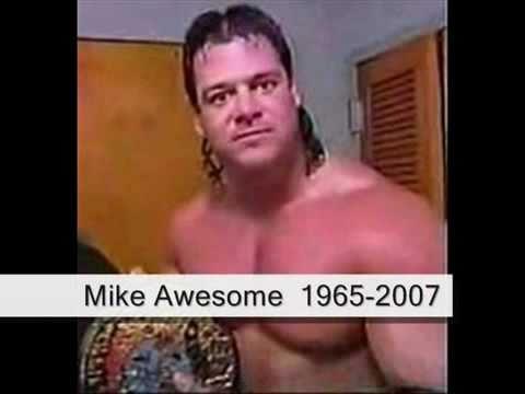 perché sono deceduti tutti questi wrestler?