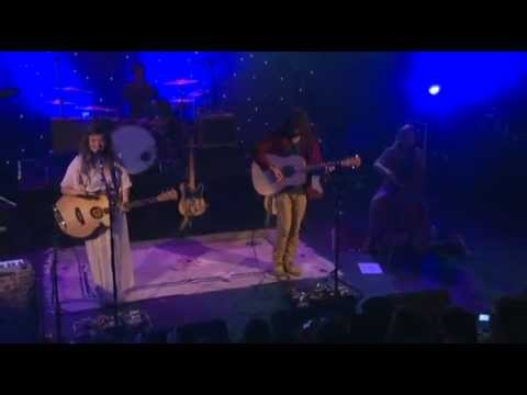 Angus & Julia Stone - Angus & Julia Stone Live at the Trianon (April, 27 2011) Setlist : 01:30 - All Of Me (Louis Armstrong cover) 03:47 - Hold On 08:43 - Black Crow 14:24 - Priva...