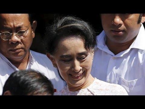 Αούνγκ Σαν Σου Κι: «Θα λαμβάνω όλες τις αποφάσεις πέρα από τον πρόεδρο»