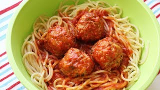 Make Jenny's quick & easy spaghetti & meatballs in 35 minutes. Learn how Jenny Jones makes soft and tender meatballs with a delicious tomato-basil sauce and spaghetti, all ready to eat in 35 minutes. Pass the parm! (PRINTABLE RECIPE: http://www.jennycancook.com/recipes/quick-easy-spaghetti-meatballs/)SHARE: Here is a link to share Jenny's Quick & Easy Spaghetti & Meatballs video: http://youtu.be/XAHNVoKV1BcMORE VIDEOS: http://www.youtube.com/user/jennyjonesvideosSUBSCRIBE: People are loving Jenny's fun, easy cooking videos. Use this link to subscribe:http://www.youtube.com/subscription_center?add_user=jennyjonesvideosALL OF JENNY'S RECIPES: http://www.JennyCanCook.comYOU MIGHT LIKE:Simple Garlic Bread - http://youtu.be/fys7X1m12UIEasy Pan Pizza - http://youtu.be/o-jcIWwTbJgPączki (Polish Jelly Donuts) - http://youtu.be/17jL5nZrgPwPotato Gnocchi - http://youtu.be/EzLxMcJBc20Best Caramel Corn - http://youtu.be/AJfCtCJyS7kMore Recipes: http://www.JennyCanCook.comMore on Jenny: http://www.JennyJones.comPinterest: http://www.pinterest.com/jennycancook/Twitter: https://twitter.com/jennyskitchenFacebook: https://www.facebook.com/JennysHealthyHomeCookingInstagram: https://instagram.com/jennycancook/© Copyright 2014 - Jenny Can Cook - Jenny Jones