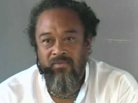 Mooji Video: Seeing the True Irrelevance of Thought