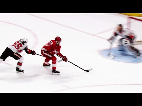 Video: Athanasiou needs only six seconds to speed by Karlsson and score OT winner