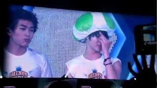 121027 - Shinee World Concert Ending (Key And Jonghyun Speaking In Cantonese)