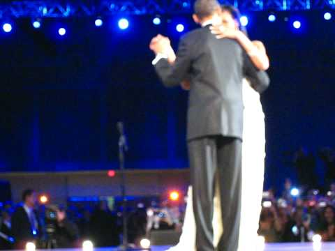 2 President Barack & First Lady Michelle Obama first dances at Inaugural Ball - Neighborhood Ball
