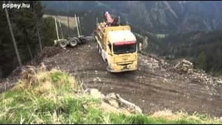 Így kell megfordulni pótos kamionnal