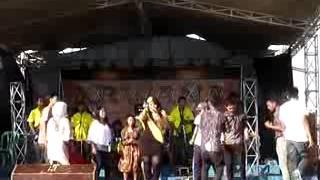 Dangdut Cirebonan Mama Dona Doni_ Di Sawer