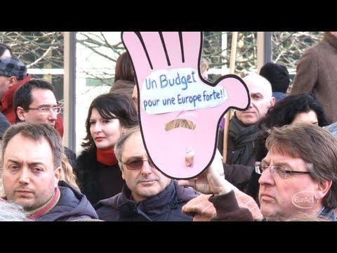 EU officials go on strike ahead of EU budget summit