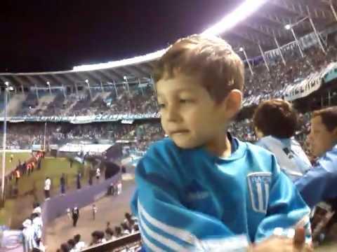 Mini hincha nene de 3 años - La Guardia Imperial - Racing Club - Argentina - América del Sur