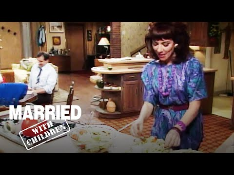 The Family Goes On A Diet | Married with Children