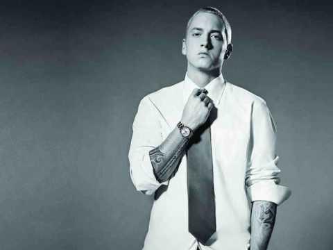Tekst piosenki Eminem - Ode to detroit po polsku