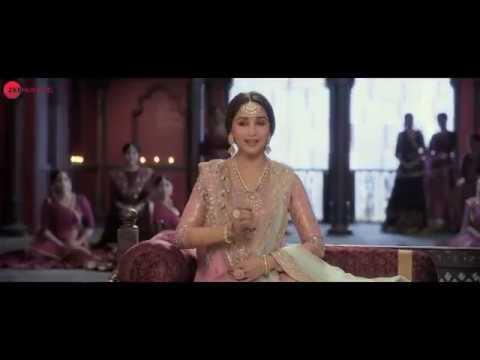 Ghar More Pardesiya (English Subtitles) | Kalank