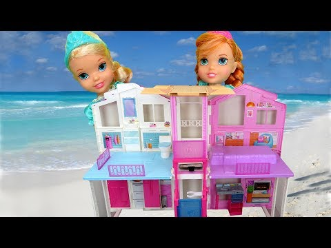 BEACH HOUSE ! Elsa & Anna toddlers visit Barbie's Ocean Home - Water fun