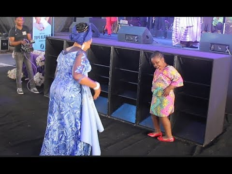 See This Little Girl That Challenge Tope Alabi Into Dance Competition